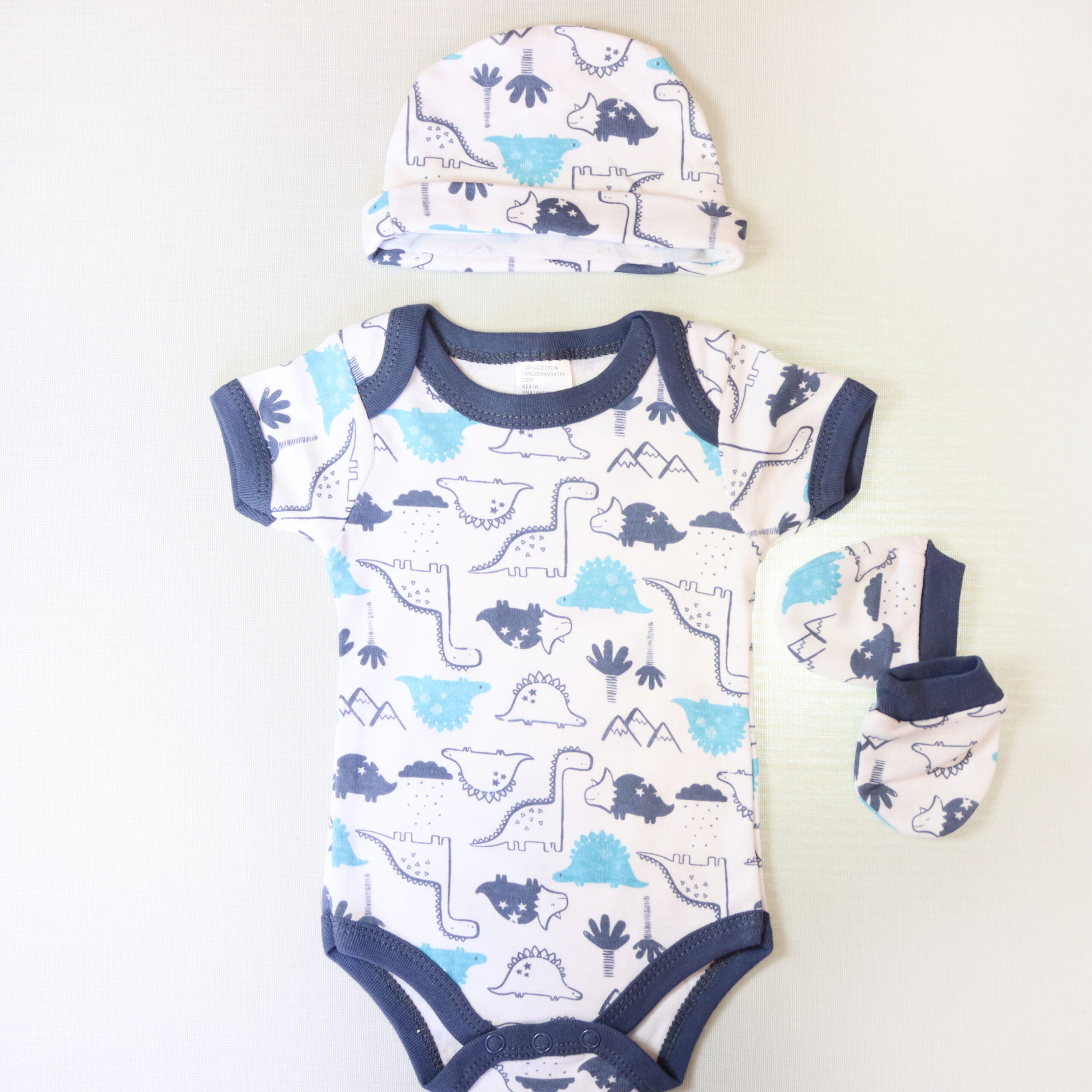 Baby boy cotton bodysuit 3 piece set – White